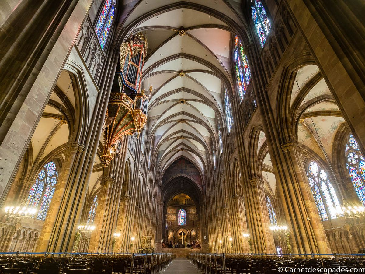 interieur-cathedrale-strasbourg