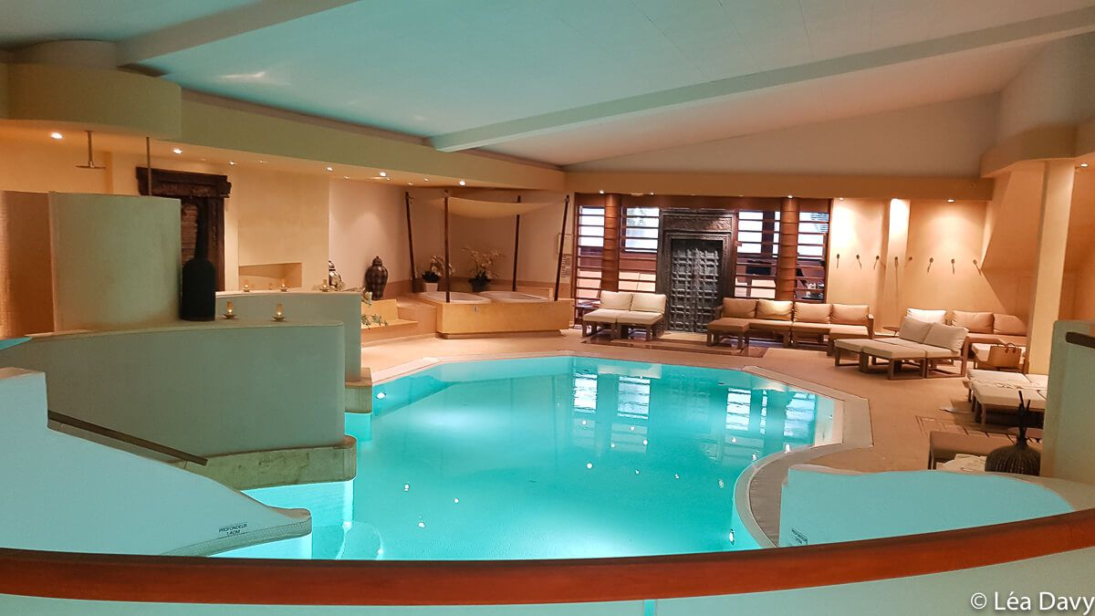 Spa obernai asiane spa de l 39 h tel le parc une bulle for Piscine spa alsace